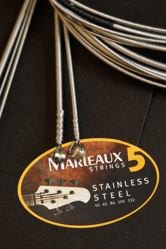 marleaux bassguitars strings dbb headless extra long scale double ball end stainless steel. Black Bedroom Furniture Sets. Home Design Ideas